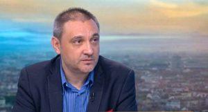 Проф. Чорбанов от БАН, който отказа да се ваксинира и не спазваше мерките, е в болница с COVID-19