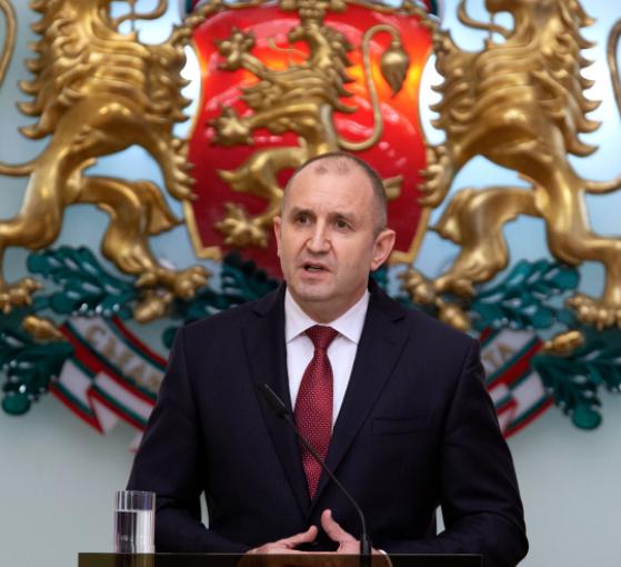 Румен Радев започва процедура за избор на нова ЦИК
