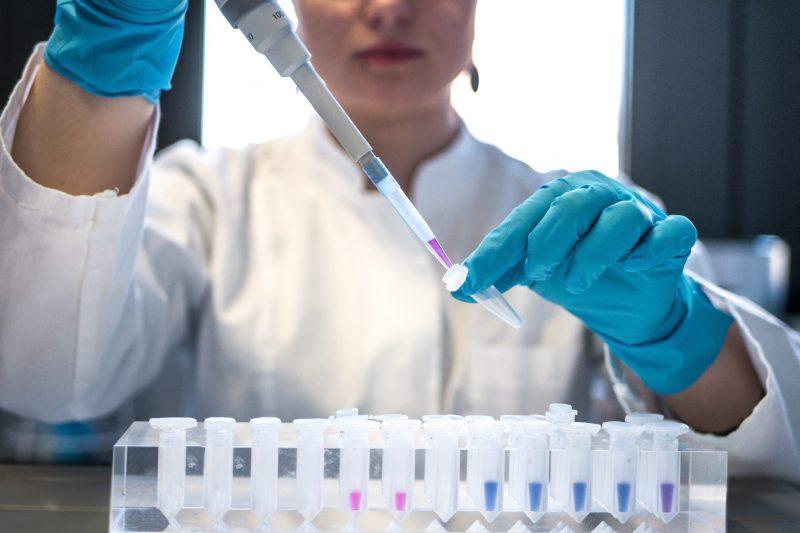 Над 700 нови случая на коронавирус за денонощие