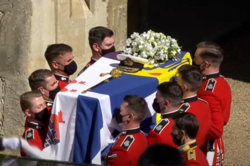 Изпратиха Принца с кралски почести: Великобритания скърби (ВИДЕО)