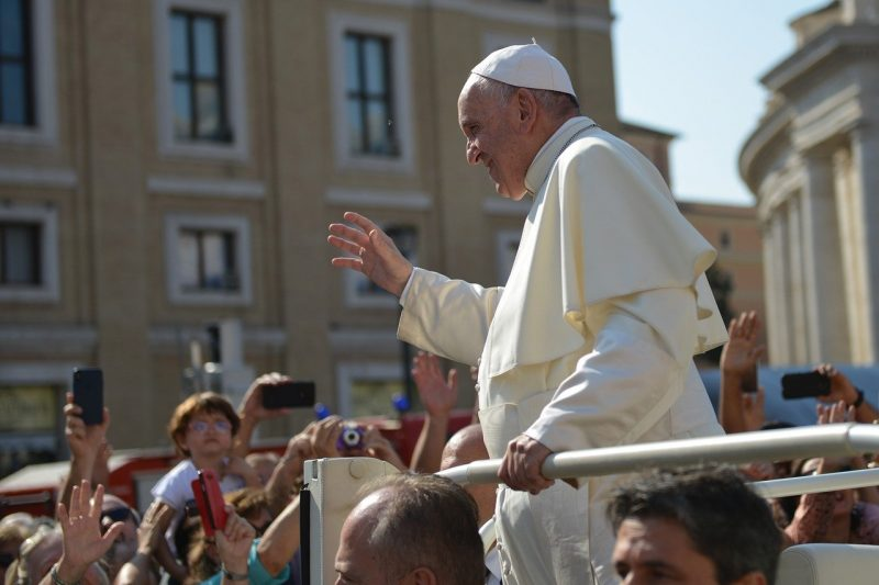 Милиони католици празнуват Великден