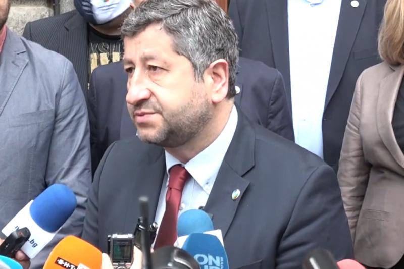 """""""Демократична България"""" отказа да преговаря с БСП, счита реализацията на мандата за невъзможна"""