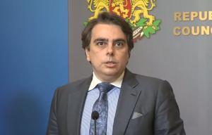 Асен Василев обвини АПИ в престъпление – възлагане на договори, надвишаващи бюджета й