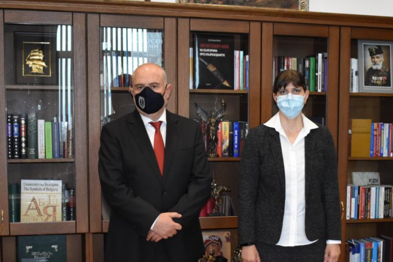 За какво си говори Лаура Кьовеши с правосъдния министър и главния прокурор?