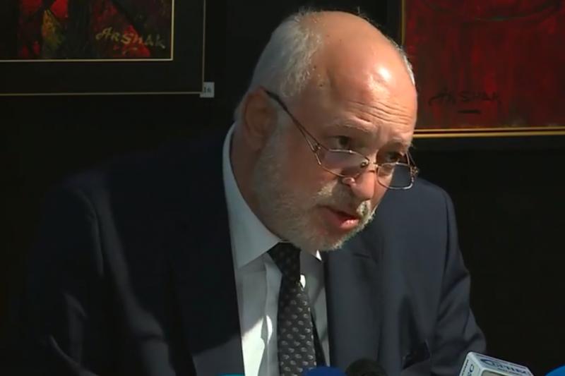 Велислав Минеков: Липсват 4,5 млн. евро от ремонта на Ларгото