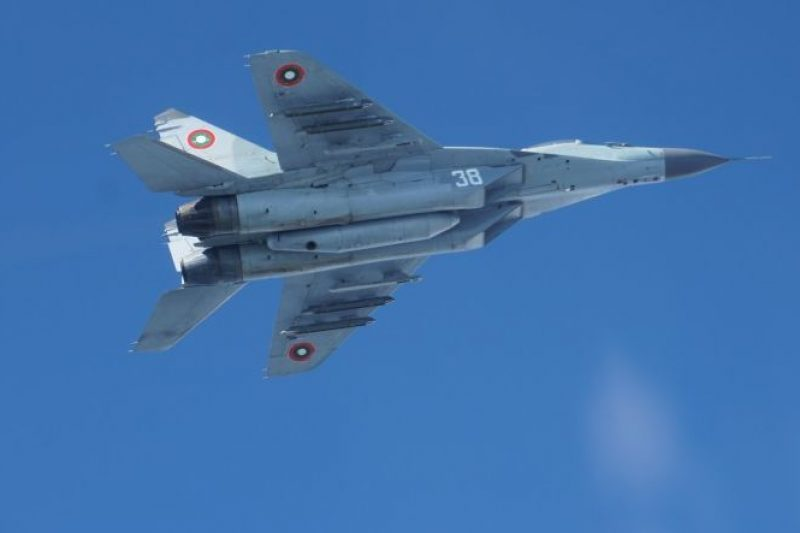 Български военен самолет падна в Черно море по време на учение край Шабла