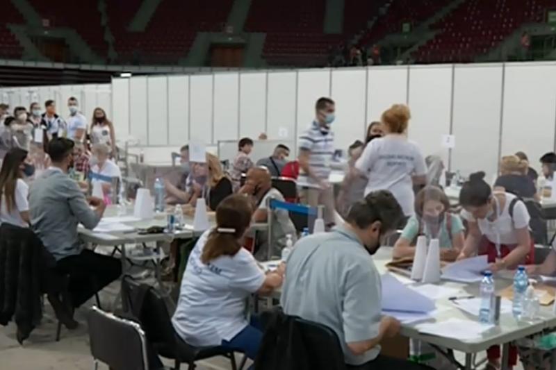 """Рекордно бързо премина обработването на изборните книжа в """"Арена Армеец"""""""