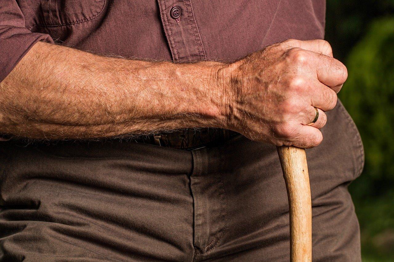 Убийството в старческия дом край Варна било извършено с бастун заради жена