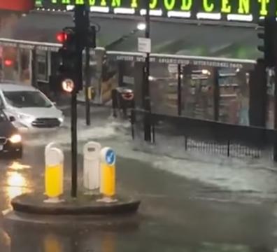 Лондон, порои, време, европа, дъжд