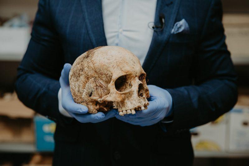 Откриха скелет на 2700 години на жена от непозната човешка група