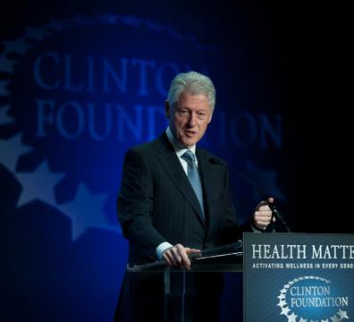 Бил Клинтън, президент, САЩ, интензивно отделение, болница