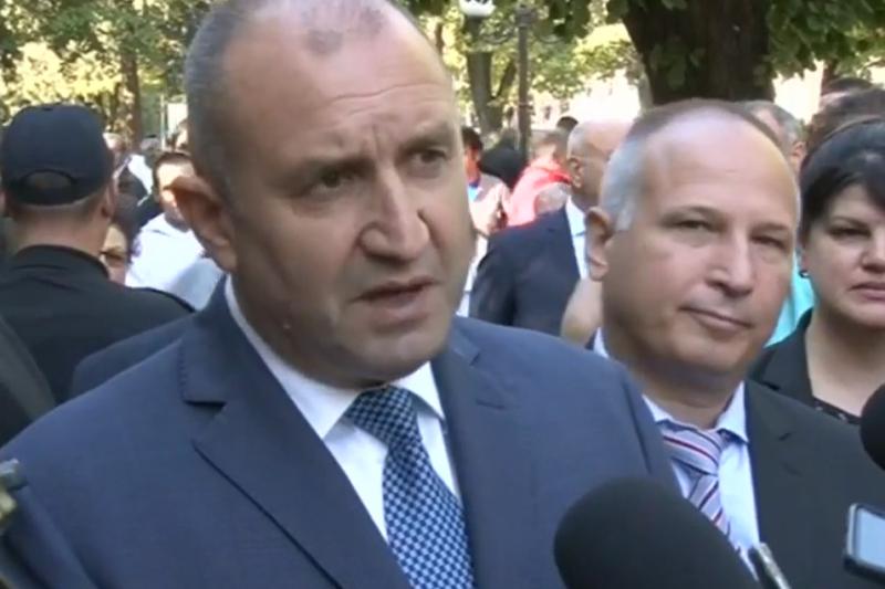 Румен Радев: Очаквам резултатът от тези избори да доведе до окончателно скъсване с проваления управленски модел